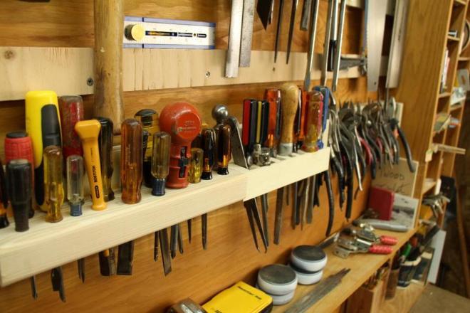 Обустраиваем место для хранения инструментов и садового инвентаря
