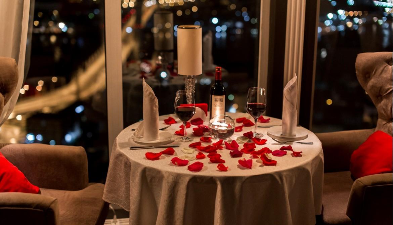Романтический стол