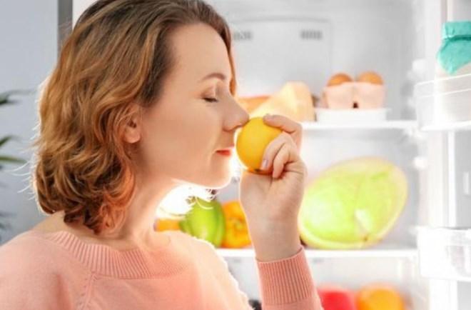 Убираем неприятный запах в холодильнике