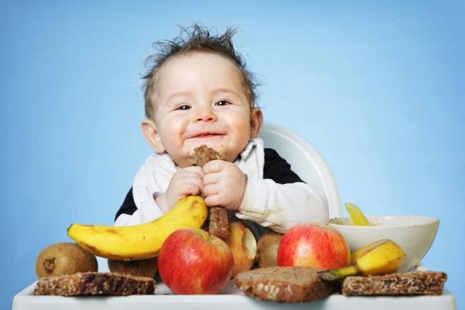 Чем можно кормить ребенка в возрасте 1 года и старше