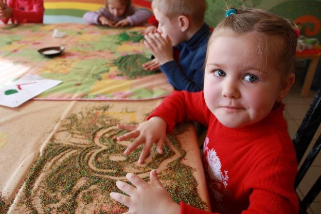 Как занять ребенка творчеством