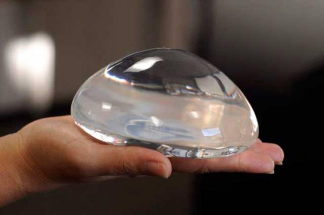 Так ли безопасны силиконовые имплантаты, как об этом заверяют хирурги