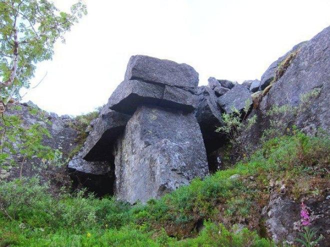 Тайна пирамид на Кольском полуострове