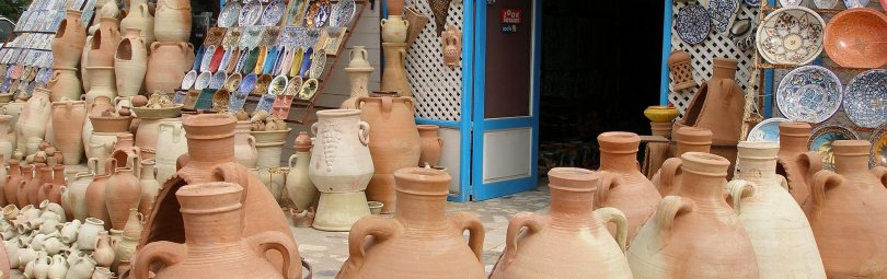 pottery-2368820_1920_crm